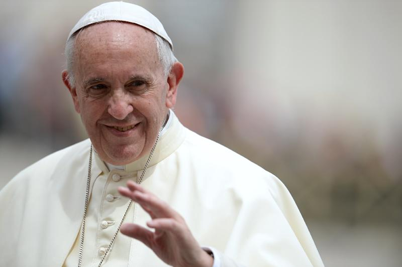 Pope Francis vows to set up a commission to study the possibility of women serving as deacons