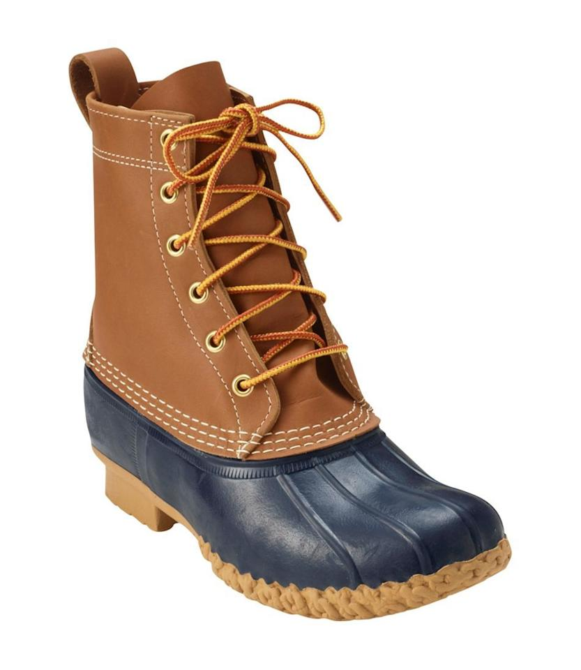 "<p><a rel=""nofollow"" href=""https://www.llbean.com/llb/shop/35477?attrValue_0=Tan/Navy&csp=a"">SHOP NOW </a></p><p>$101.25</p><p><em>Original Price: $135</em></p><p><strong>More:</strong> <a rel=""nofollow"" href=""https://www.townandcountrymag.com/style/fashion-trends/g23894957/stylish-winter-boots/"">Stylish Winter Boots To Warm Up Your Wardrobe</a></p>"