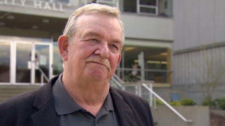 Burnaby Mayor Derek Corrigan says the U.S. company in charge of supplying the Compass fare system to Translink is in financial difficulty and fears we could be 'left holding the bag.'