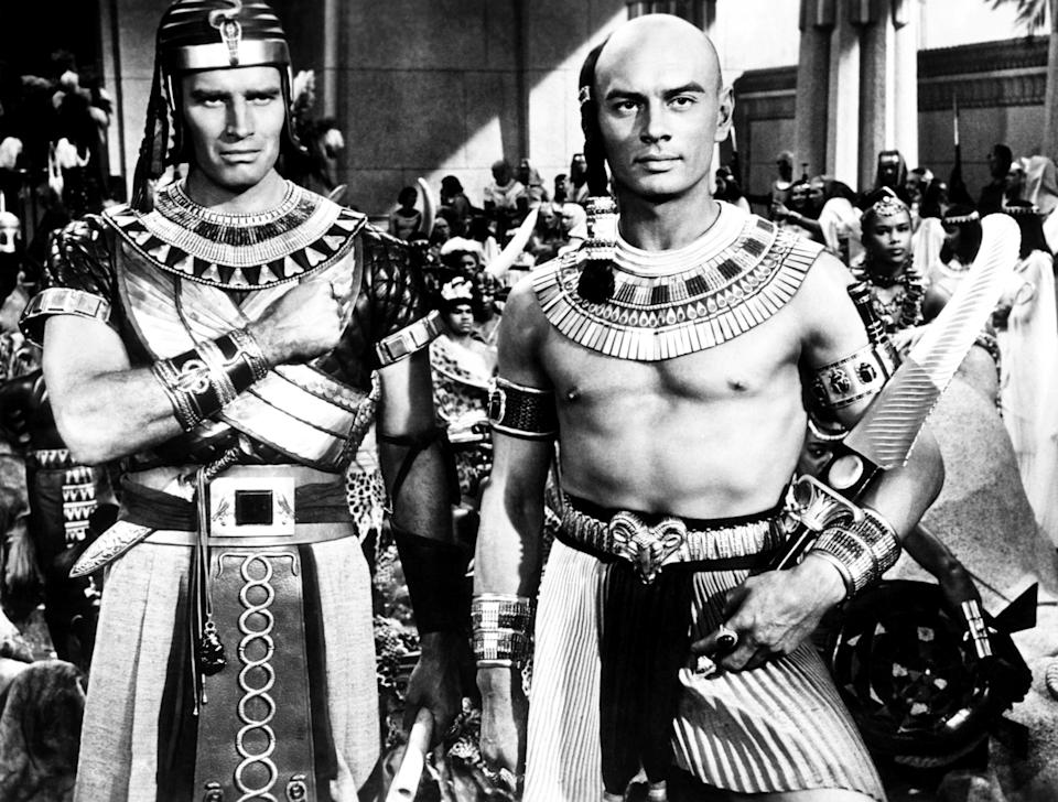 Heston and Brynner on the set of 'The Ten Commandments' (Photo: Courtesy Everett Collection)
