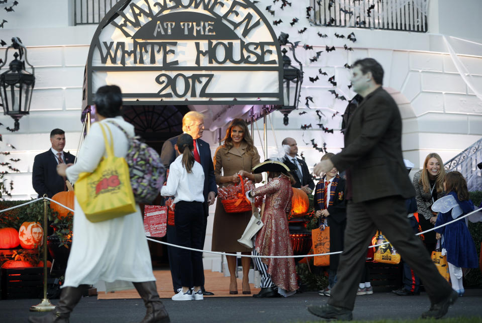 A trick-or-treater at the White House dressed up as Melania Trump. (Photo: AP)