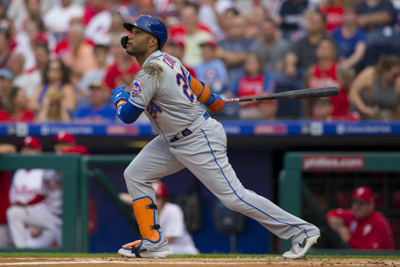 PHILADELPHIA, PA - JUNE 24: Robinson Cano #24 of the New York Mets bats against the Philadelphia Phillies at Citizens Bank Park on June 24, 2019 in Philadelphia, Pennsylvania. (Photo by Mitchell Leff/Getty Images)