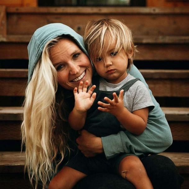PHOTO: Jess and Garrett Gee, the social media influencers behind The Bucket List Family, sold off their possessions and dropped everything to travel the world with their children. (Bucket List Family)