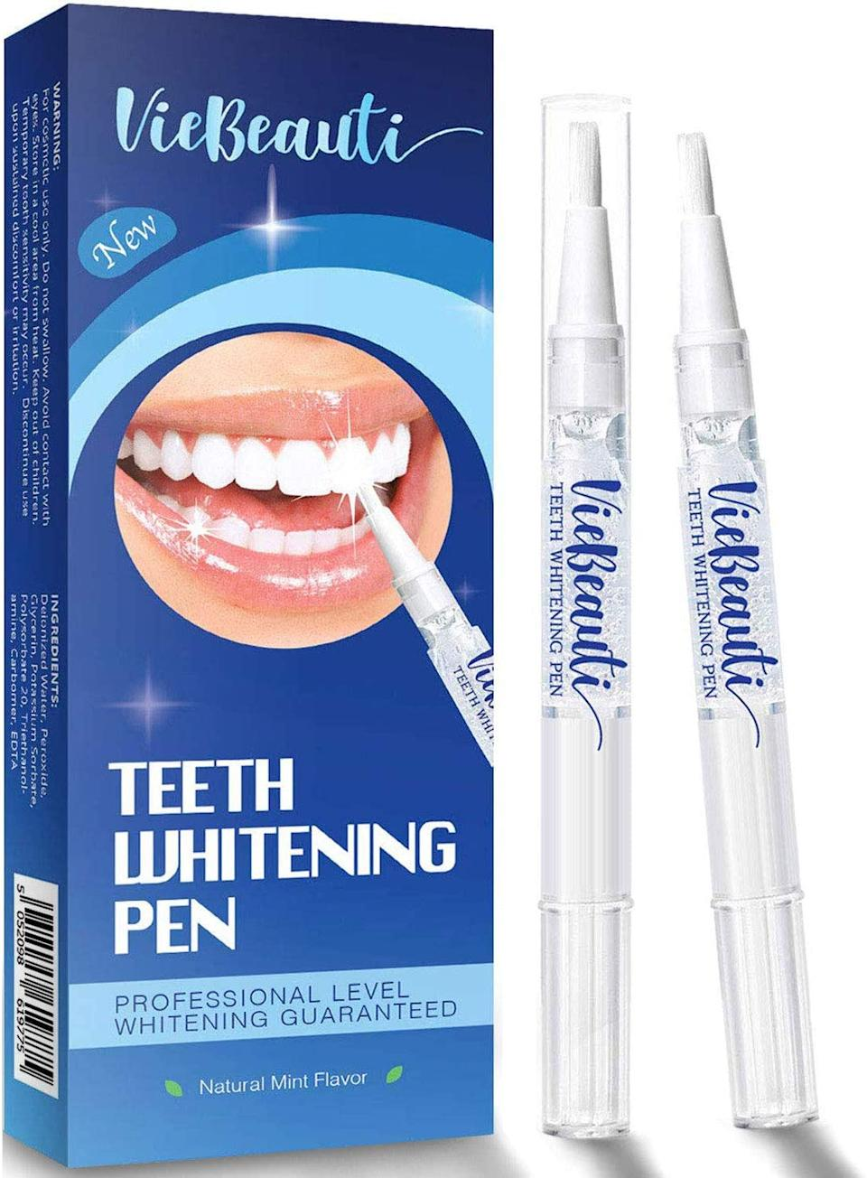 VieBeauti Teeth Whitening Pens (Credit: Amazon)