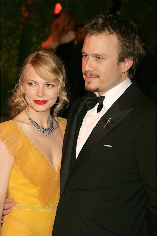 Michelle Williams and Heath Ledger at the 2006 <em>Vanity Fair</em> Oscars party. (Photo: Jeffrey Mayer/WireImage)