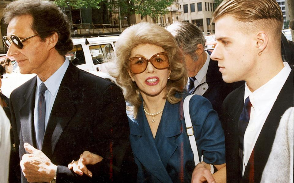 Anne Hamilton Byrne arrives in court with her husband (left) in 1993. Source: Getty Images/ Fairfax Media