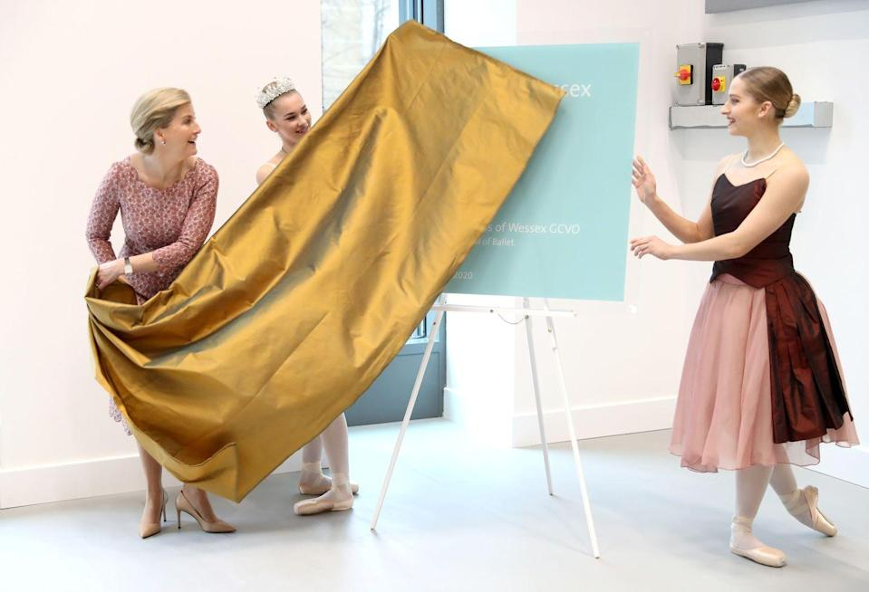 <p>Sophie, Countess of Wessex unveils a plaque at the opening of the Countess of Wessex Studios at the Central School of Ballet.</p>