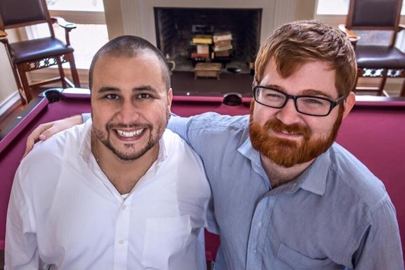 "Far-right politics brought George Zimmerman and Chuck Johnson together, as illustrated by this social media post of the two <a href=""http://littlegreenfootballs.com/article/45244_Grotesque_Photo_of_the_Day-_Chuck_C._Johnson_Hanging_With_George_Zimmerman"" target=""_blank"" rel=""noopener noreferrer"">discovered by Little Green Footballs</a>, a blog that has been tracking Johnson for years. (Photo: )"