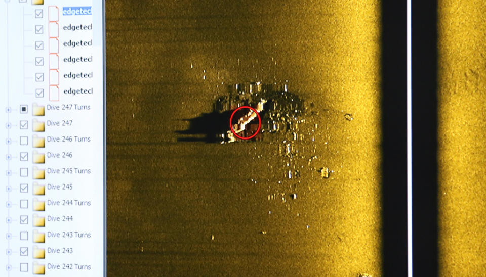 Files of sonar images showing the ship on sea floor.