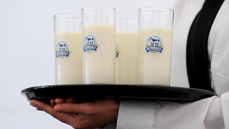 Dairy farmers meet with processors, govt