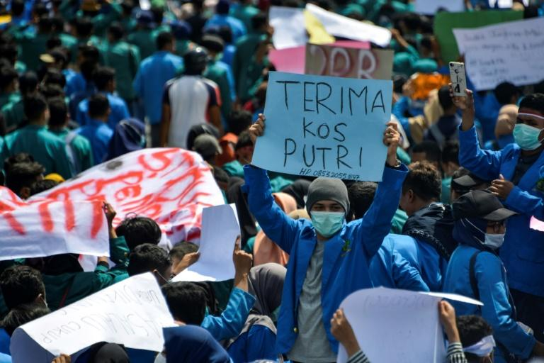 The demonstrations across the archipelago are among the biggest since mass street protests in 1998 brought down the three-decade Suharto dictatorship (AFP Photo/CHAIDEER MAHYUDDIN)