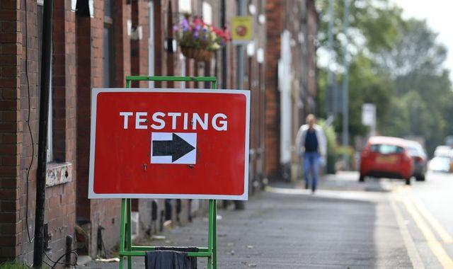 Coronavirus: People unable to get COVID-19 tests after labs reach 'critical pinch-point'