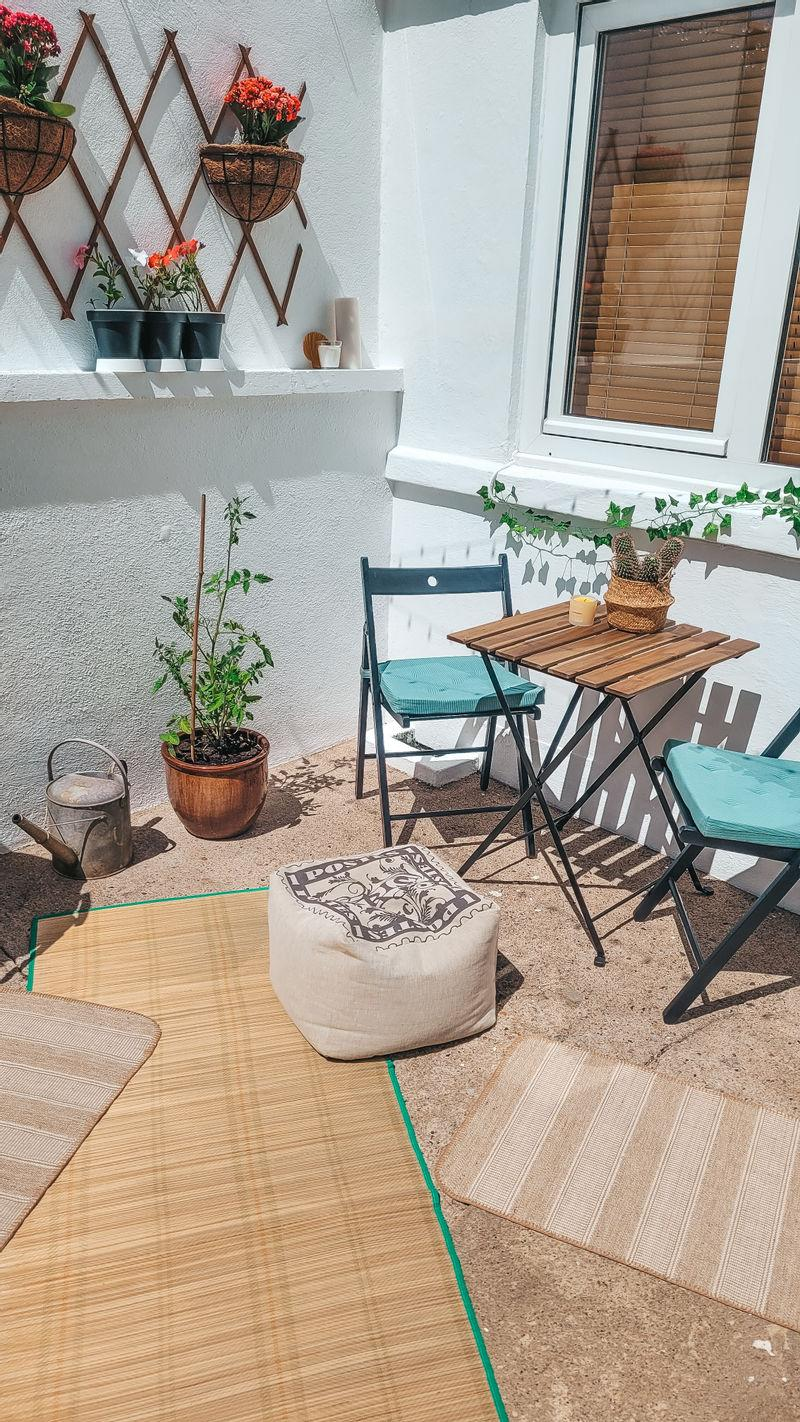 Garlej was able to create a welcoming space on a budget. (Latestdeals.co.uk)