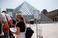France starts using health pass for museums