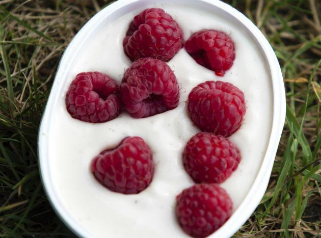 "<b>Yogurt to boost immunity:</b> Good old homemade dahi does wonders for your immunity. It contains good bacteria that regulates the immune system by increasing antibodies and preventing the rise of pathogenic organisms like E.coli and salmonella. Make sure to include a bowlful in your diet, to keep the flu and nasty bugs at bay. <a target=""_blank"" href=""http://in.lifestyle.yahoo.com/photos/top-foods-for-boosting-immunity-slideshow/"">Top foods to boost immunity.</a>"