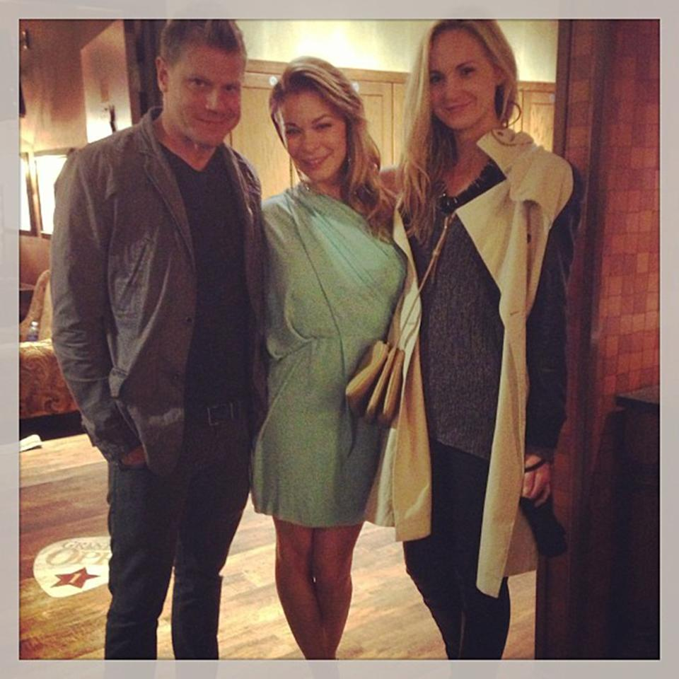"""Hanging out after the show with friends Jonathan Pierce and Victoria Doramus.#opry #instagramtakeover#omgleannrimes"""