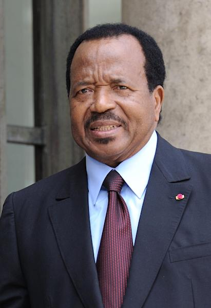 Cameroon's president Paul Biya arrives at the Elysee Palace in Paris, prior to a lunch with his French counterpart and 13 African Presidents on July 13, 2010 (AFP Photo/Eric Feferberg)