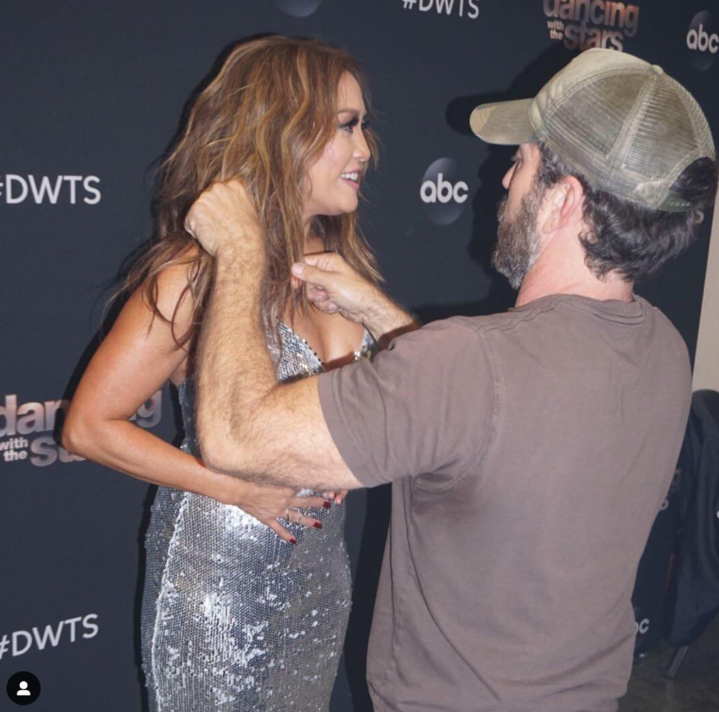 Berg styles Dancing With the Stars judge Carrie Ann Inaba's hair for a red carpet event. (Photo: Your Virtual Style)