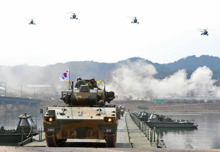 South Korean anti-aircraft armoured vehicles take part in a military drill in Hwacheon near the border with North Korea on April 1, 2013. The United States has positioned a destroyer off the coast of South Korea to defend against a possible missile strike, a US official said, as the South vowed a strong response to any provocation from the North