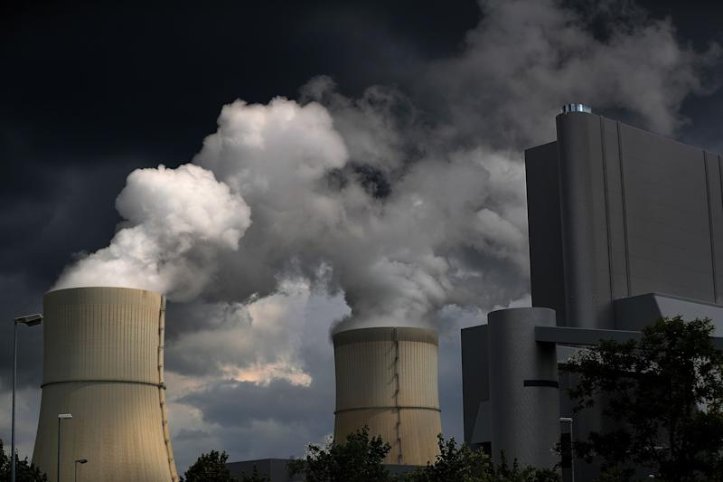 Coal Power Seen Falling by Record, Helping Emissions Growth Slow