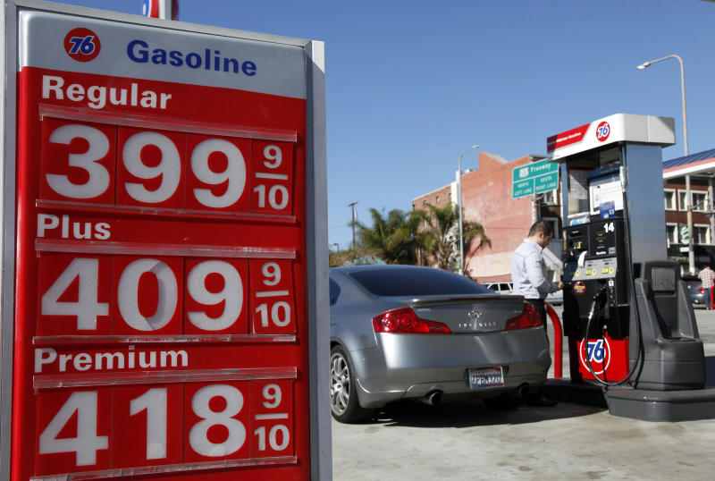 Gasoline prices get early start on spring surge