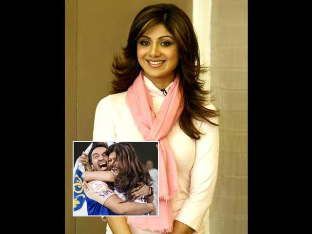 <b>Make time for family</b><br> You may be swiftly climbing the success ladder, but don't forget your family in all that excitement. Shilpa decided to take a break from her acting carrer for a year after her son Viaan was born. She signed up for a couple of endorsements, but ensured that her schedule would not take up too much of her time.