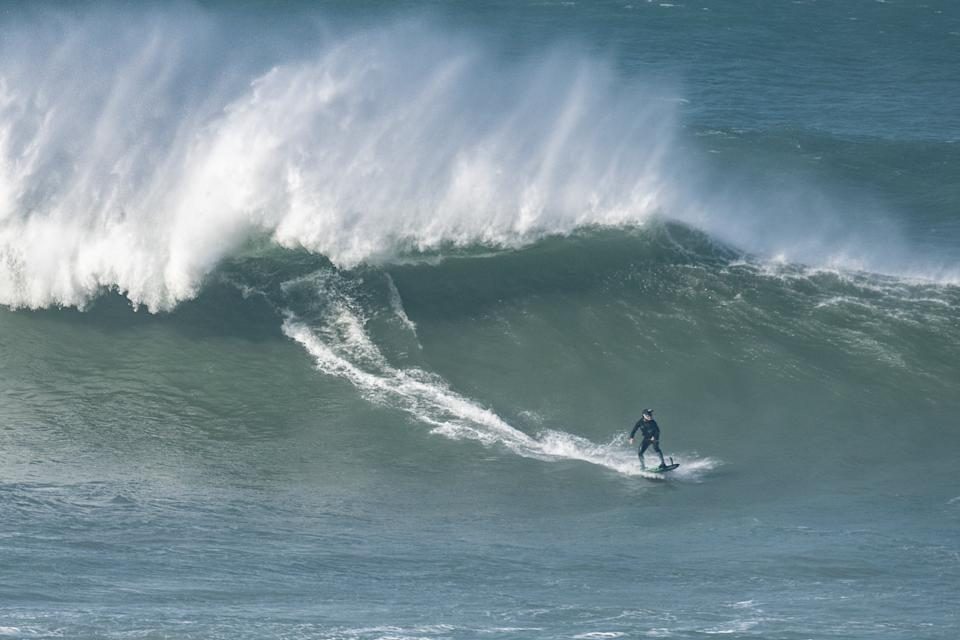 The infamous Cribbar wave in Cornwall. (SWNS)