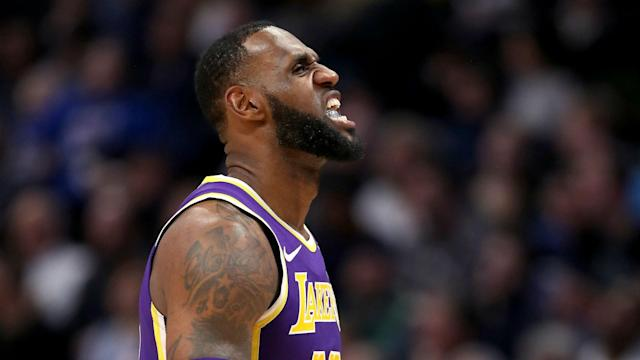 After a slow start, the Los Angeles Lakers eased past the Phoenix Suns in the NBA.