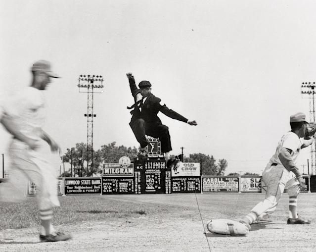 Negro League umpire Bob Motley had a flair for the dramatic. (Negro Leagues Baseball Museum)