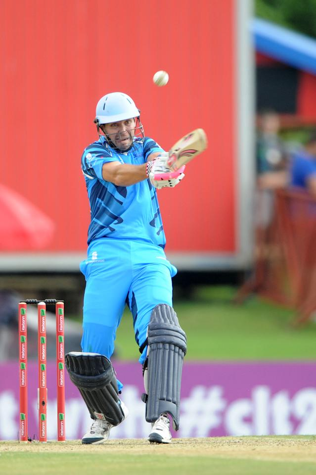 PRETORIA, SOUTH AFRCA - OCTOBER 13:  Martin van Jaarsveld bats during the Karbonn Smart CLT20 match between Nashua Titans (South Africa) and Perth Scorchers (Australia) at SuperSport Park on October 13, 2012 in Pretoria, South Africa.  (Photo by Lee Warren/Gallo Images/Getty Images)