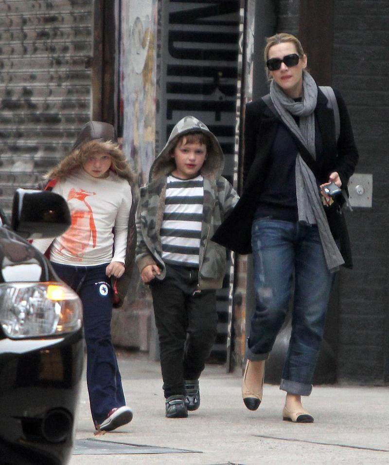 ©2010 RAMEY PHOTO English actress Kate Winslet coming out of her house to pick up her children at the school in New York, NY on November 23, 2010.Kate Winslet and Burberry model Louis Dowler have reportedly split following their four month romance. CG (Photo by Philip Ramey/Corbis via Getty Images)