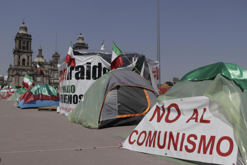 Members of the National Anti-AMLO Front (FRENAAA), continue to sit in the Zócalo of Mexico City in tents and some without being occupied, to demand the resignation of the president of Mexico, Andrés Manuel López Obrador. On Ctober 7, 2020 in Mexico City, Mexico. (Photo by Gerardo Vieyra/NurPhoto via Getty Images)