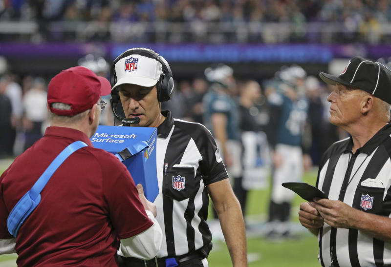Steratore back at Super Bowl, this time as CBS analyst