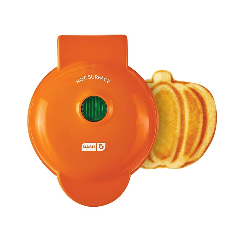 "<p><a href=""https://www.popsugar.com/buy/Dash-Pumpkin-Mini-Waffle-Maker-475984?p_name=Dash%20Pumpkin%20Mini%20Waffle%20Maker&retailer=amazon.com&pid=475984&price=10&evar1=yum%3Aus&evar9=46455859&evar98=https%3A%2F%2Fwww.popsugar.com%2Ffood%2Fphoto-gallery%2F46455859%2Fimage%2F46455861%2FDash-Pumpkin-Mini-Waffle-Maker&list1=fall%2Ckitchen%20tools%2Cwaffles&prop13=api&pdata=1"" rel=""nofollow"" data-shoppable-link=""1"" target=""_blank"" class=""ga-track"" data-ga-category=""Related"" data-ga-label=""http://www.amazon.com/DMWP001OR-Machine-Pumpkin-Individual-Breakfast/dp/B07V6M95F2/"" data-ga-action=""In-Line Links"">Dash Pumpkin Mini Waffle Maker</a> ($10, originally $15)</p>"