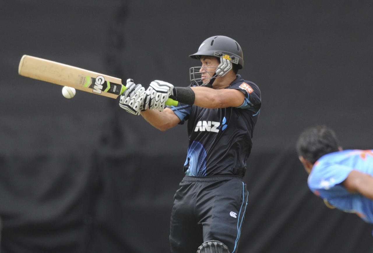 New Zealand's Ross Taylor bats against India in the fifth and final one-day international cricket match in Wellington, New Zealand, Friday, Jan. 31, 2014. (AP Photo/SNPA, Ross Setford) NEW ZEALAND OUT