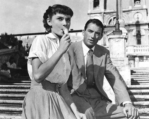 """<p><em>Roman Holiday</em> features Audrey Hepburn in her first starring role — and she brought home an Oscar for it. She plays a princess who decides to go sightseeing on her own in Rome, where she meets a newspaperman (Gregory Peck) who doesn't reveal that he knows her true identity. Does he get a scoop — or something greater? Either way, the locations are enough to make you want to book a trip to Italy <em>pronto</em>.</p><p><a class=""""link rapid-noclick-resp"""" href=""""https://www.amazon.com/Roman-Holiday-Audrey-Hepburn/dp/B000MYFILK?tag=syn-yahoo-20&ascsubtag=%5Bartid%7C10063.g.34933377%5Bsrc%7Cyahoo-us"""" rel=""""nofollow noopener"""" target=""""_blank"""" data-ylk=""""slk:WATCH ON AMAZON"""">WATCH ON AMAZON</a> <a class=""""link rapid-noclick-resp"""" href=""""https://go.redirectingat.com?id=74968X1596630&url=https%3A%2F%2Fitunes.apple.com%2Fus%2Fmovie%2Froman-holiday%2Fid215743781&sref=https%3A%2F%2Fwww.redbookmag.com%2Flife%2Fg34933377%2Fbest-romantic-movies%2F"""" rel=""""nofollow noopener"""" target=""""_blank"""" data-ylk=""""slk:WATCH ON ITUNES"""">WATCH ON ITUNES</a></p>"""