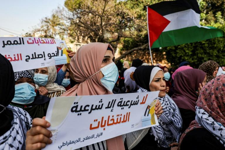 The delay announcement sparked angry demonstrations in Gaza (here) and Ramallah