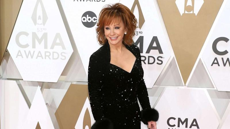 Reba McEntire reveals how she and her new boyfriend are dating during the pandemic