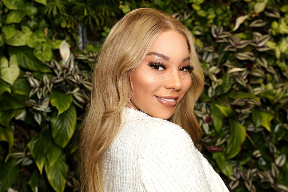 Munroe Bergdorf isn't impressed with JK Rowling's latest tweets about transgender issues. (Getty Images)