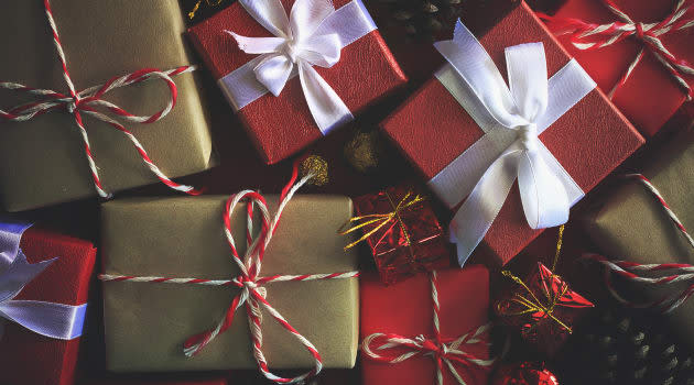 Which Type of Credit Cards Should You Use for Holiday Shopping in Singapore?