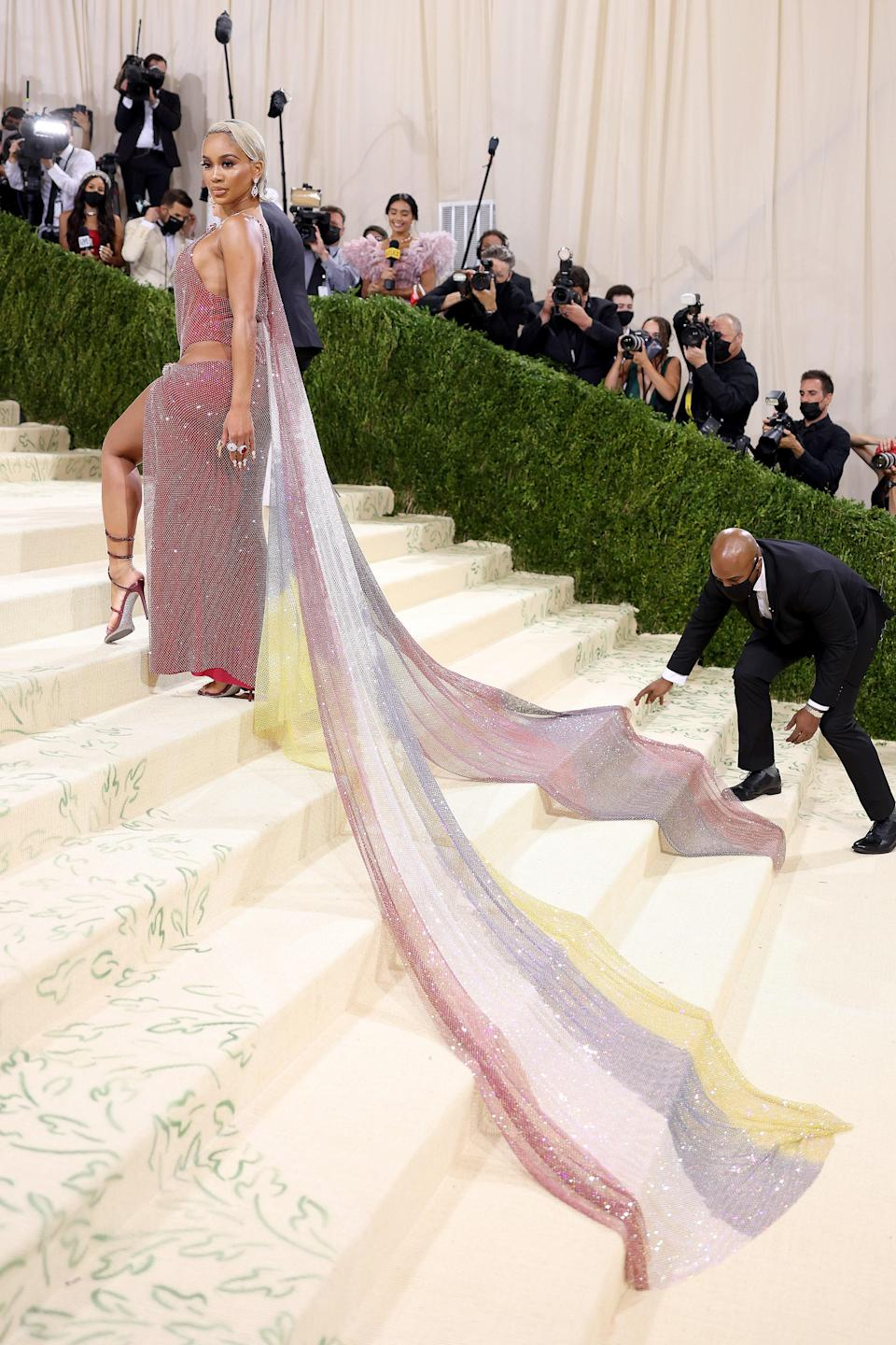 """<h1 class=""""title"""">The 2021 Met Gala Celebrating In America: A Lexicon Of Fashion - Arrivals</h1><cite class=""""credit"""">John Shearer/WireImage</cite>"""