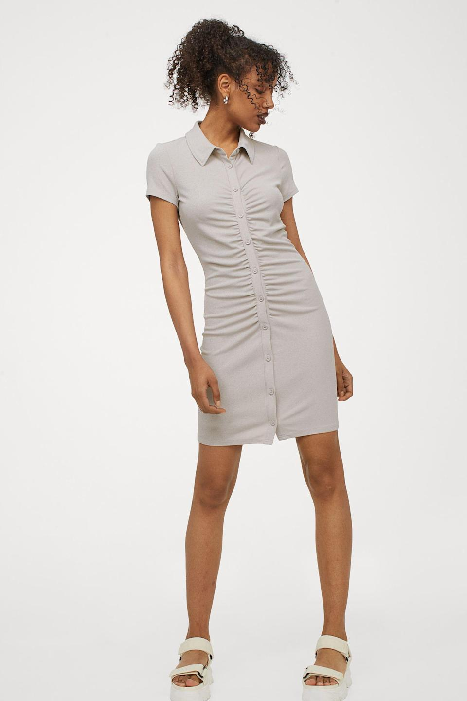 """<br><br><strong>H&M</strong> Button-front Dress, $, available at <a href=""""https://go.skimresources.com/?id=30283X879131&url=https%3A%2F%2Fwww2.hm.com%2Fen_us%2Fproductpage.0979571005.html"""" rel=""""nofollow noopener"""" target=""""_blank"""" data-ylk=""""slk:H&M"""" class=""""link rapid-noclick-resp"""">H&M</a>"""