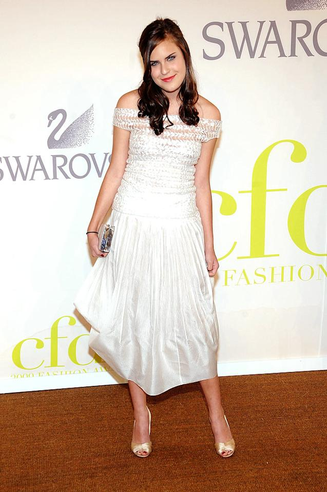 """Bruce Willis and Demi Moore's youngest daughter, 15-year-old Tallulah Belle, struck a demure pose in an ivory off-the-shoulder dress by Calvin Klein Resort. Jamie McCarthy/<a href=""""http://www.wireimage.com"""" target=""""new"""">WireImage.com</a> - June 15, 2009"""