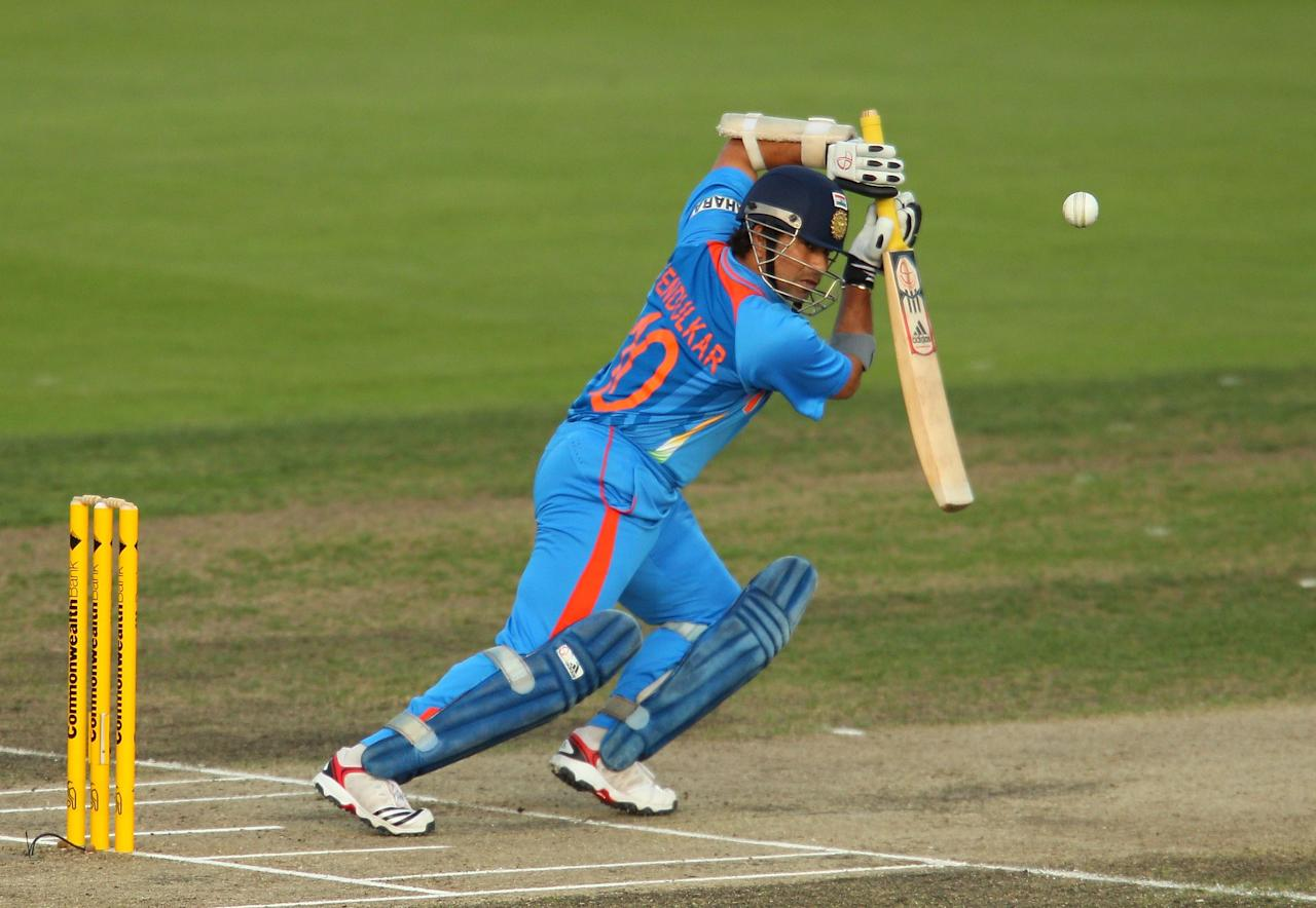 HOBART, AUSTRALIA - FEBRUARY 28:  Sachin Tendulkar of India bats during the One Day International match between India and Sri Lanka at Bellerive Oval on February 28, 2012 in Hobart, Australia.  (Photo by Scott Barbour/Getty Images)