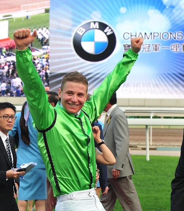 New Zealand jockey James McDonald just returned from an 18 month ban for betting on a horse and recorded an emotional victory at Royal Ascot on Expert Eye in the Jersey Stakes (AFP Photo/LAURENT FIEVET)