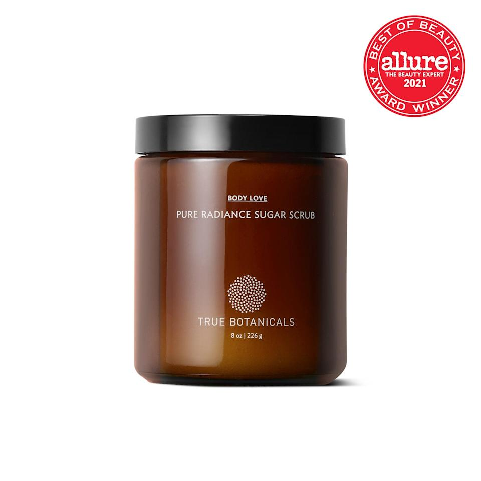 <strong>True Botanicals Pure Radiance Sugar Scrub</strong> is like an all-inclusive retreat for your skin. Organic sugar, sandalwood powder, and kaolin clay work in concert to polish rough spots and detox pores, while an invigorating orange scent helps circulation get its groove back.