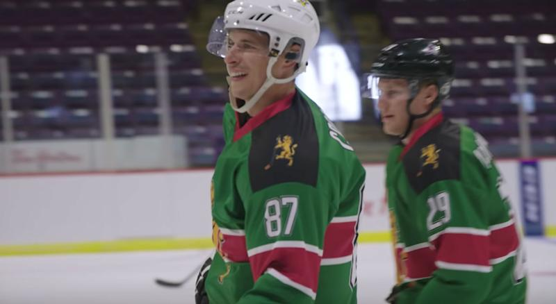 Crosby, MacKinnon surprise Kenyan hockey team by playing as teammates