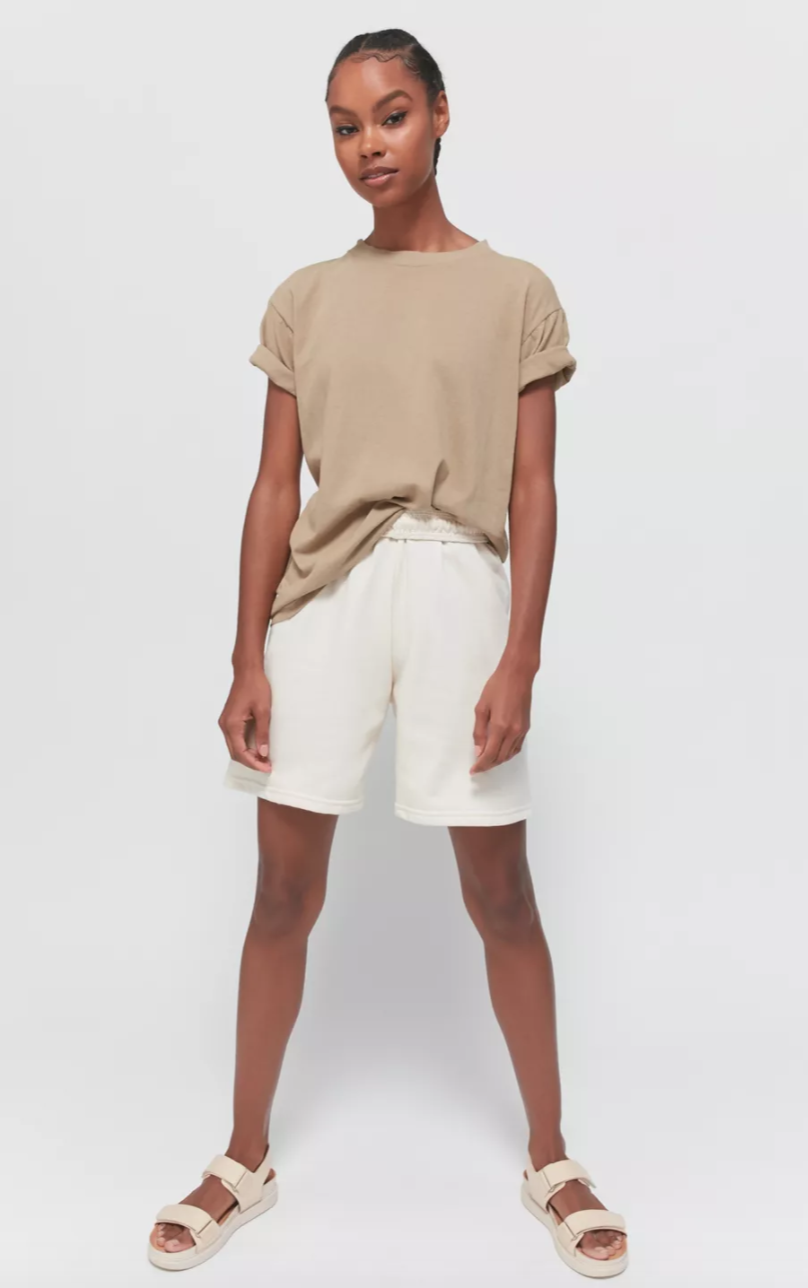 """<br> <br> <strong>Urban Renewal</strong> Recycled Fleece Bermuda Short, $, available at <a href=""""https://go.skimresources.com/?id=30283X879131&url=https%3A%2F%2Fwww.urbanoutfitters.com%2Fshop%2Furban-renewal-recycled-fleece-bermuda-short"""" rel=""""nofollow noopener"""" target=""""_blank"""" data-ylk=""""slk:Urban Outfitters"""" class=""""link rapid-noclick-resp"""">Urban Outfitters</a>"""