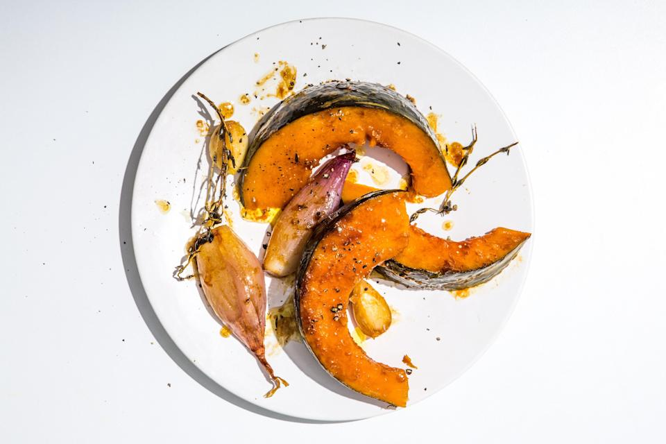 "This braised kabocha squash recipe leads to a super satisfying, healthy, one-pan lunch or side dish. <a href=""https://www.bonappetit.com/recipe/quick-braised-kabocha-squash?mbid=synd_yahoo_rss"" rel=""nofollow noopener"" target=""_blank"" data-ylk=""slk:See recipe."" class=""link rapid-noclick-resp"">See recipe.</a>"