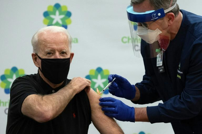 US authorities say that more than 10 million Americans have received their first Covid-19 jabs